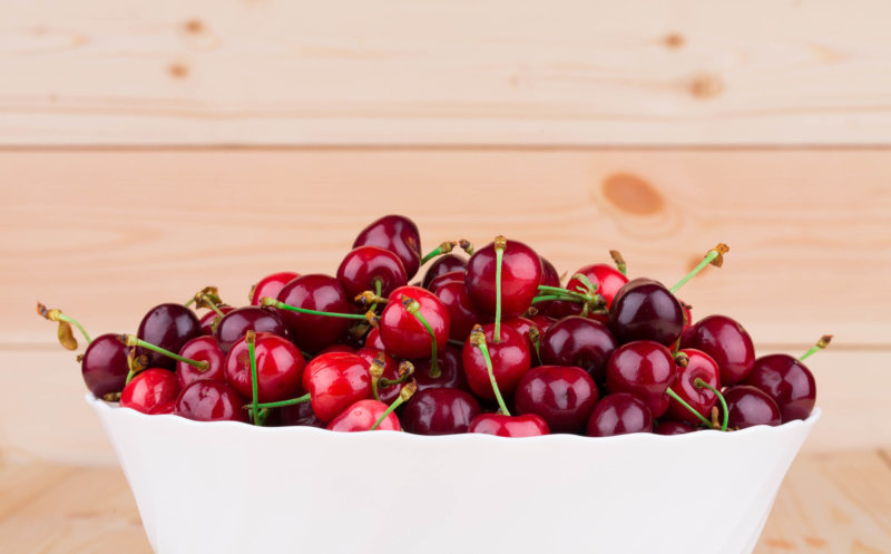 How to Select & Store Cherries